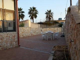 Beautiful guesthouse 50 meters away from white, sa - Marina Di Modica vacation rentals