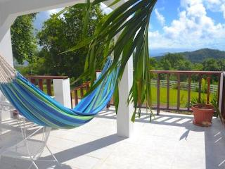 2 bedroom House with Internet Access in Spring Bay - Spring Bay vacation rentals