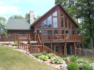Hayward -'New' Chalet on Clear Water 5,100 Acre La - Birchwood vacation rentals
