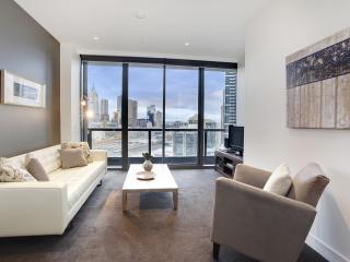 Corporate Keys Luxury Freshwater Apartment - Victoria vacation rentals