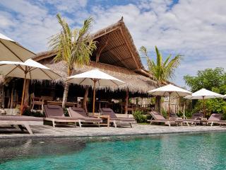2 STOREY BUNGALOW 4 people near Balangan beach - Jimbaran vacation rentals