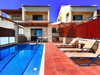3BD Modern Villa with private pool - Kamisiana vacation rentals