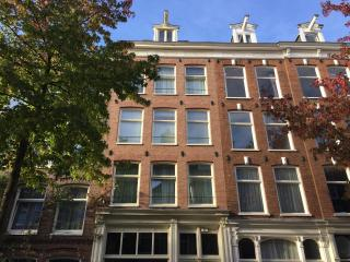 Very central located, comfy, cozy & clean apt A - Amsterdam vacation rentals
