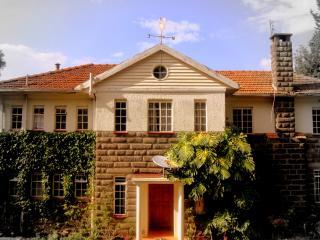 Nice 6 bedroom Guest house in Nakuru - Nakuru vacation rentals