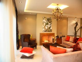 Comfortable 3 bedroom Vacation Rental in Kypseli - Kypseli vacation rentals