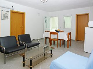 Perfect Condo with Internet Access and Dishwasher - Bol vacation rentals