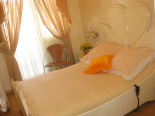 Comfortable 1 bedroom Resort in Saint-Julien-en-Genevois with Central Heating - Saint-Julien-en-Genevois vacation rentals