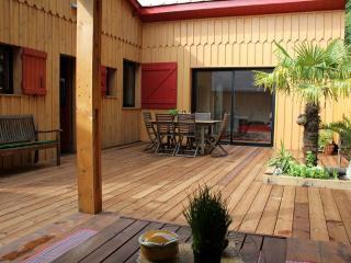 Villa Martin Pêcheur-Lac du Moutchic-les baïnasses - Lacanau-Ocean vacation rentals