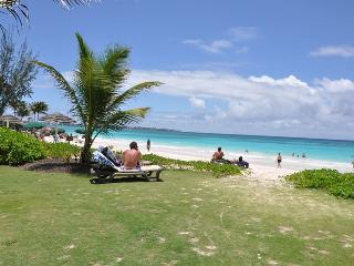 Ocean View Apartment on the South Coast. Can be booked as 2 bedroom. BOOK NOW! - Maxwell vacation rentals