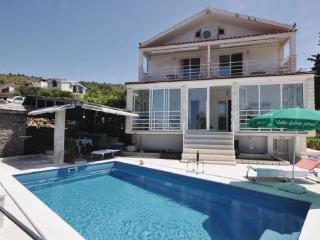 Apartment Mirjana -4 - Rogoznica vacation rentals