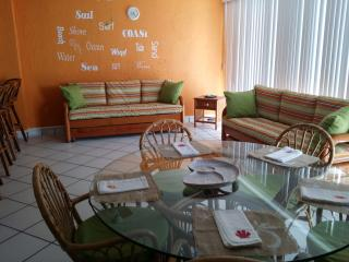 Ixtapa Condo~Sleeps 5-7~Pools and near beach - Ixtapa vacation rentals