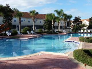 KISSIMMEE 4 BED, MOVIE STAR THEMED, DISNEY, WIFI - Kissimmee vacation rentals