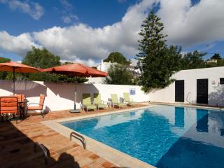 Cosy 4 bedroom villa in Carvoeiro with pool - Carvoeiro vacation rentals