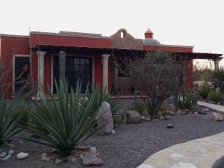 A beautiful, relaxing retreat in El Centenario - La Paz vacation rentals