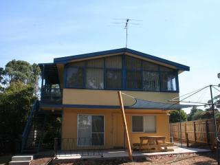 2 bedroom Condo with A/C in Ventnor - Ventnor vacation rentals