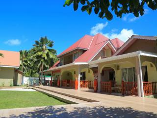 Beautiful Guest house with Housekeeping Included and A/C in La Passe - La Passe vacation rentals