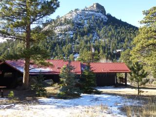 The Bunkhouse at Old Man Mountain - Walk to town! - Estes Park vacation rentals