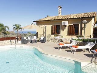 VILLA ANDREA-MARCH&APRIL PROMOTION - Castellammare del Golfo vacation rentals