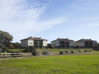 #7 Ocean Court - Caswell Beach vacation rentals