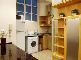 Elegant 1 Bedroom - 1.5 Bathrooms - Wifi @ (R1) - Buenos Aires vacation rentals