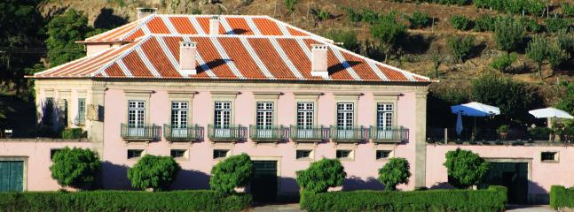 Bright 4 bedroom House in Lamego - Lamego vacation rentals