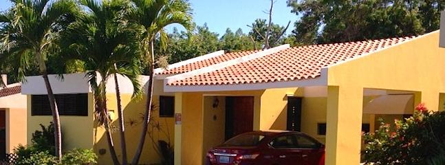 Bright 4 bedroom Villa in Humacao with Internet Access - Humacao vacation rentals