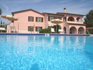 Appartamenti In Residence Villa Santa Maria Rif. 6 - San Vincenzo vacation rentals