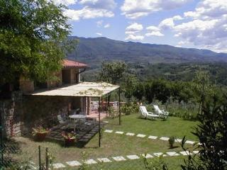 Cozy 2 bedroom Rignano sull'Arno Condo with Internet Access - Rignano sull'Arno vacation rentals