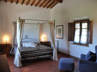 Appartamento Civetta - Asciano vacation rentals