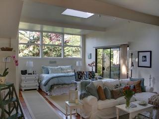 3292 Restful Refuge Guest House ~ Close to the Beach! Plush Beds! - Carmel vacation rentals