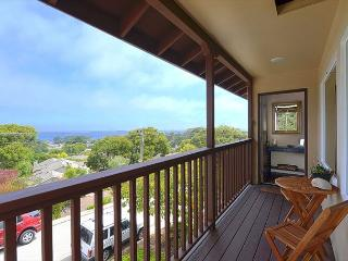 3640 Bayview-by-the-Sea Admiral ~ Ocean View! Luxury Furnishings! - Pacific Grove vacation rentals