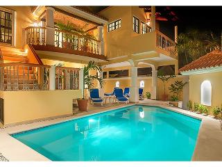 Comfortable apartment next to sparkling pool - Puerto Morelos vacation rentals