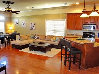 Fabulous 2-Br / 2-1/2 Bath Townhome w/ Beach View, Attached Garage, Elevator - Long Beach vacation rentals