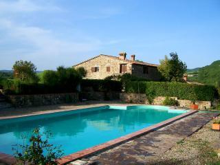 CASA ARCO - TFR153 - Radicofani vacation rentals