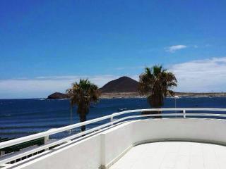 Médano, Playa Chica, Vistas al Mar, de 3 habitaciones ! - El Medano vacation rentals