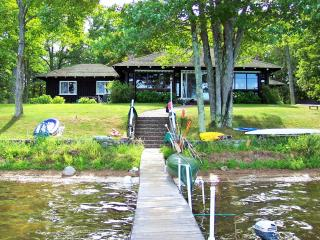 S. Trout Lake Waterfront Lodge - a Northwoods gem! - Boulder Junction vacation rentals