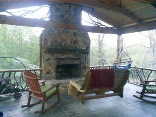Nice Cabin with Internet Access and Television - Hendersonville vacation rentals