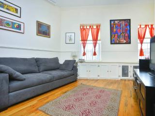 Safe & Sunny 1bd - Brooklyn vacation rentals