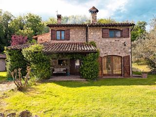 6 bedroom House with Central Heating in Monte Castello di Vibio - Monte Castello di Vibio vacation rentals