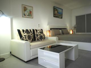 Modern style condo for rent, Pattaya city - Bang Lamung vacation rentals