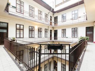 De Niro Budapest Apartment - Budapest vacation rentals