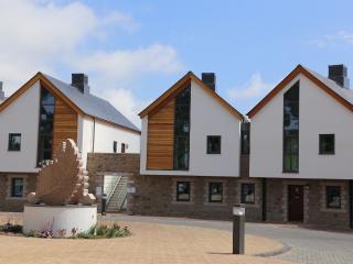 Bright 3 bedroom Vacation Rental in Saint Brelade - Saint Brelade vacation rentals