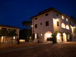 La Canonica - Canonica Apt.n.12 - Certaldo vacation rentals