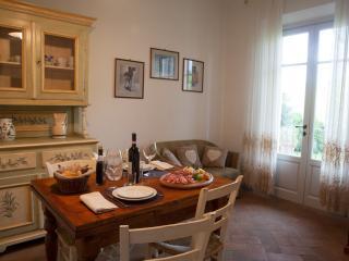 La Canonica - Apt. Canonica n.17 - Certaldo vacation rentals