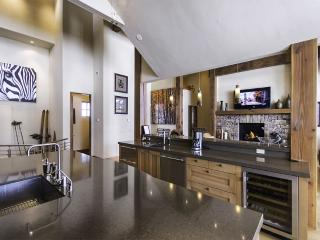 Live Like A King In This Highend Masterpiece Of A - Summit County Colorado vacation rentals