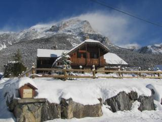 Nice Chalet with Internet Access and Hot Tub - Vallouise vacation rentals