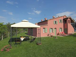Beautiful 3 bedroom Villa in Peglio - Peglio vacation rentals