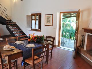 Appartamento Torre - Asciano vacation rentals