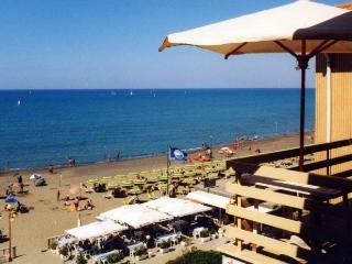 finestra nautica - Marina di Castagneto Carducci vacation rentals