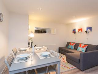 Executive 1 Bedroom Flat (A)-Heart of Shoreditch - London vacation rentals